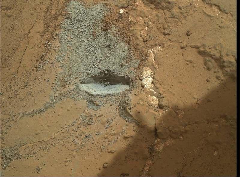 Разбуренная марсианская порода