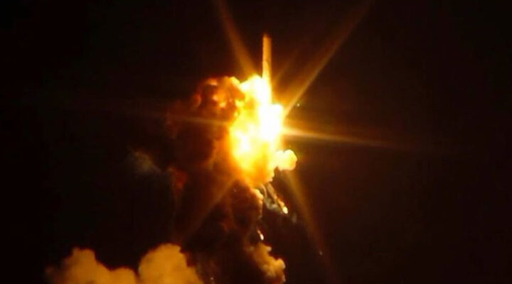 Подборка видео: РН Антарес взорвалась на старте