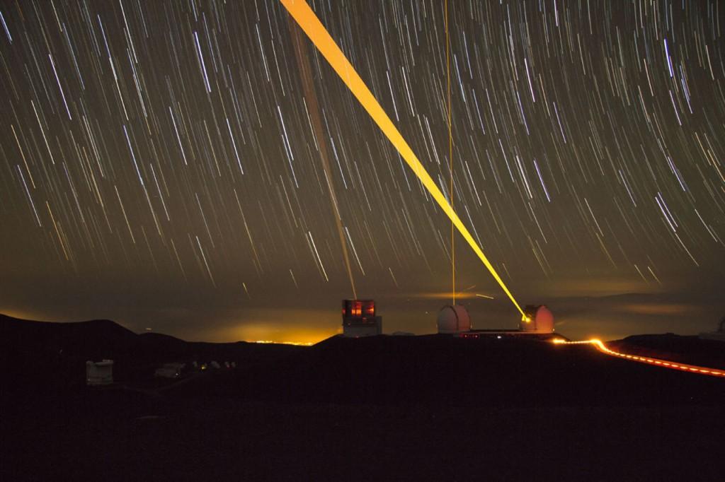 Зачем направлять лазер в звездное небо