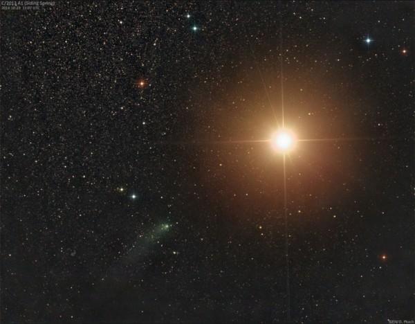Сближение кометы и Марса глазами земных астрономов Источник: Damian Peach