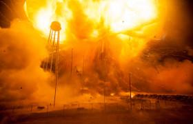 Новые фотографии взрыва ракеты «Антарес»
